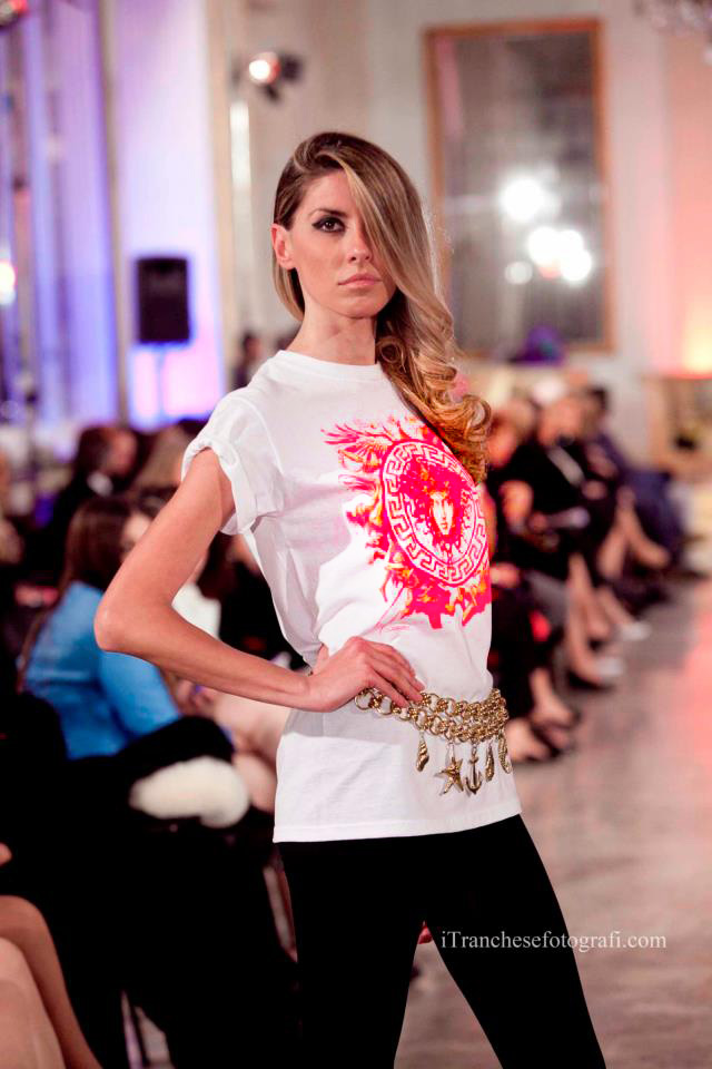Tribute to Gianni Versace. Accessories Gianni Versace. T-shirts by Ilian Rachov